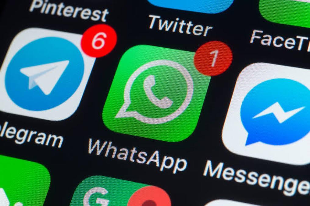 Topup Saldo OVO dan Gopay Lewat WhatsApp, Emang Bisa?