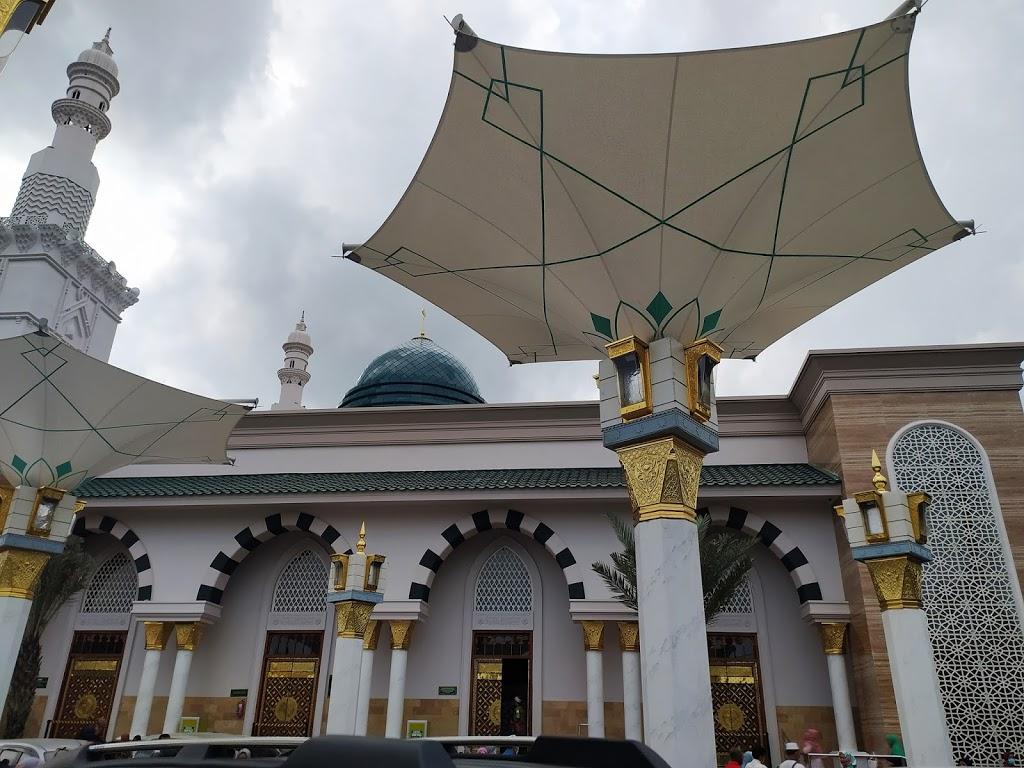 Masjid Ar-Rahman Kota Blitar, Indahnya Seperti  Masjid Nabawi di Madinah